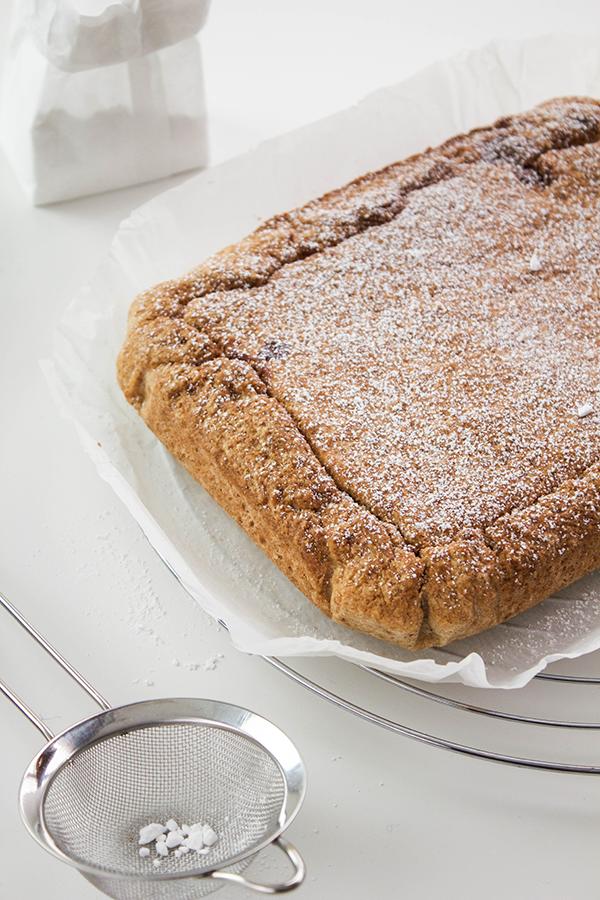 Torta rustica con ricotta e cioccolato.