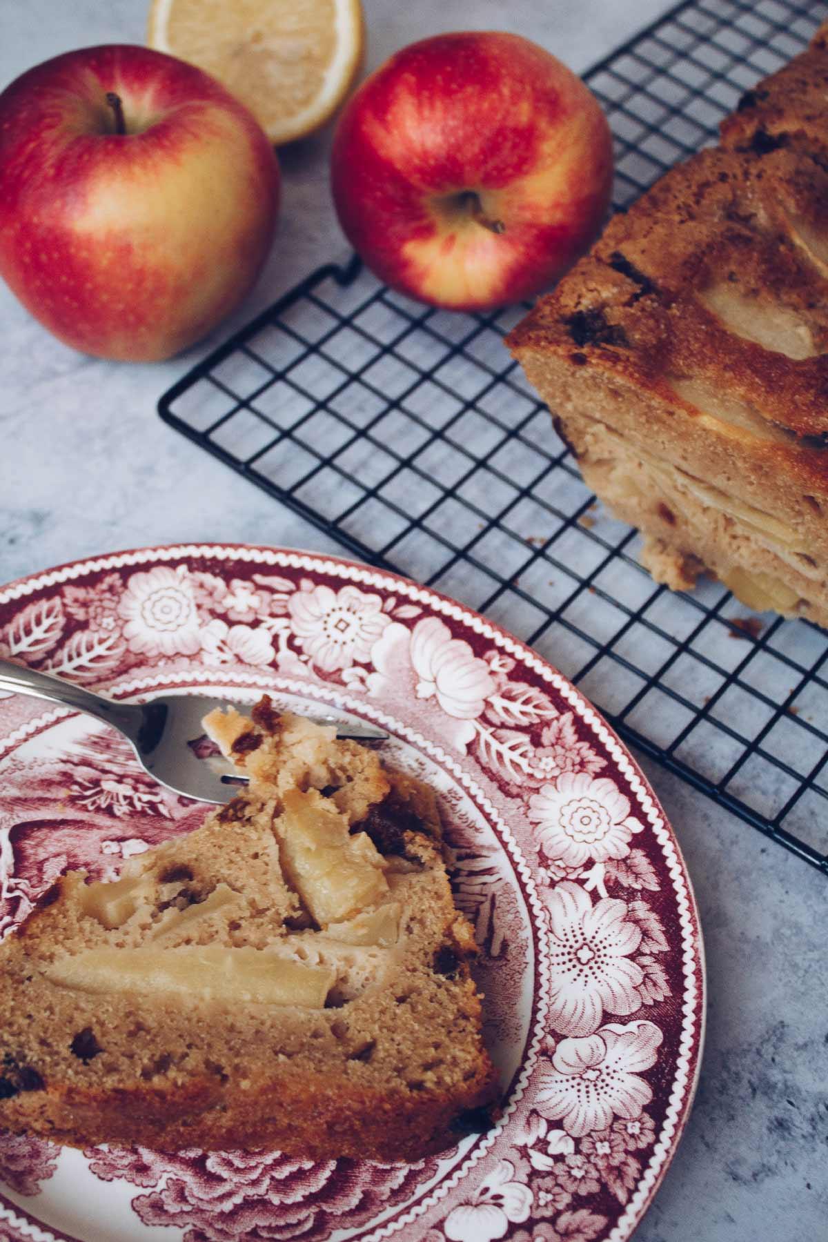 Se questo è un uovo - Plumcake alle mele pronto per essere assaggiato
